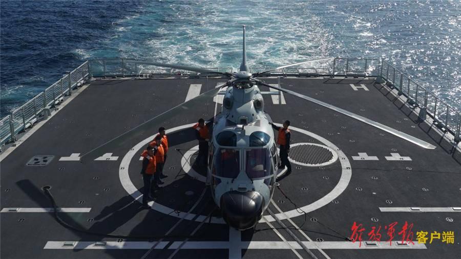 """中俄""""海上联合-2021""""演习展开跨昼夜联合反潜演练"""