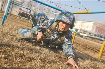 新兵分配下连:北大清华的两名战士做出相同选择