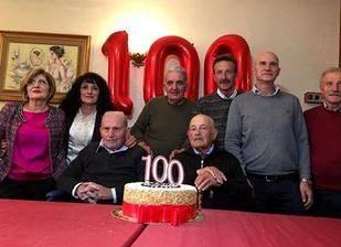 意大利百岁双胞胎兄弟共庆生 长寿秘诀:热爱生活