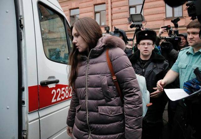俄罗斯一女子隔离期间出逃,法庭勒令其返回医院