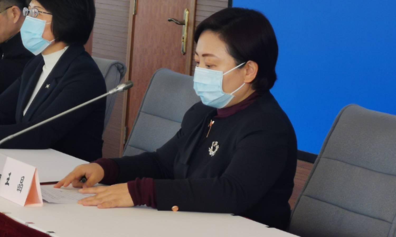 疫情防控新闻发布会|长宁区绿苑小学:所有教师不得要求学生打卡,不得组织考试